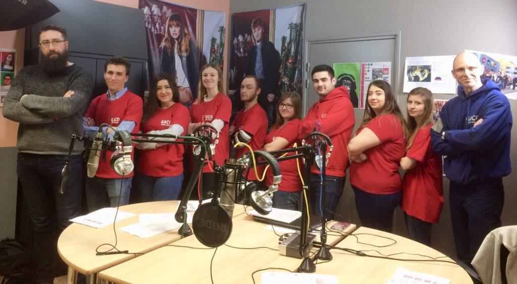 Lors de la JPO, équipe de la webradio au grand complet